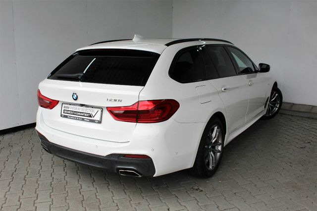 BMW 530 i Touring M Sportpaket Innovationspaket Super Deal bei 0,46 Leasingfaktor
